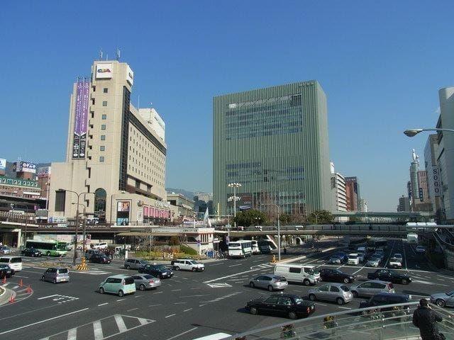三宮駅前の交差点