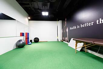 フィンクフィット赤坂店 トレーニングルーム